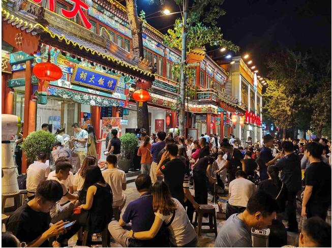 北京夜市小龙虾专八考试,一道题难倒半条街吃